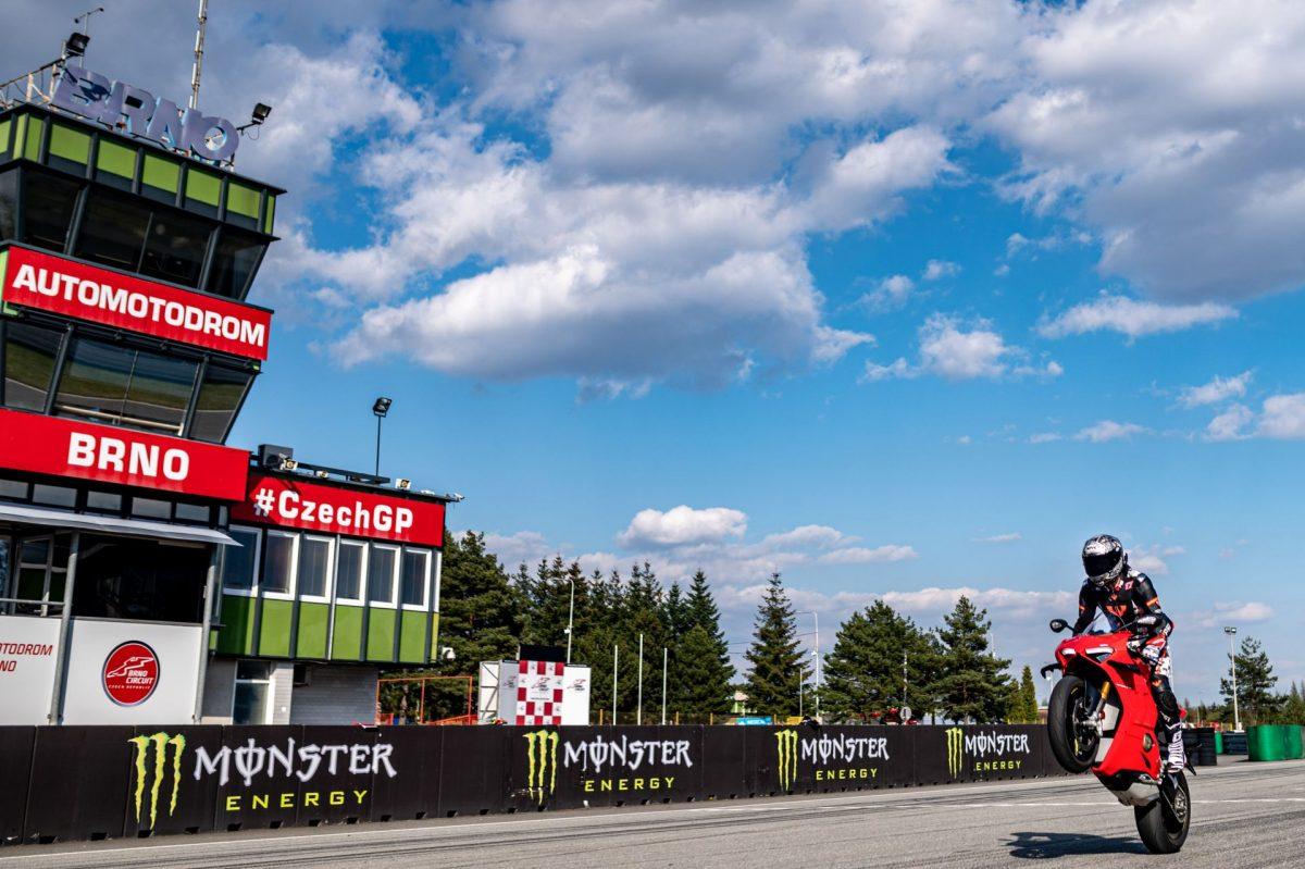 ROAD-motoskola-silnicni-202133