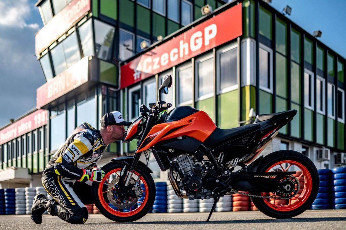 ROAD-motoskola-silnicni-202146