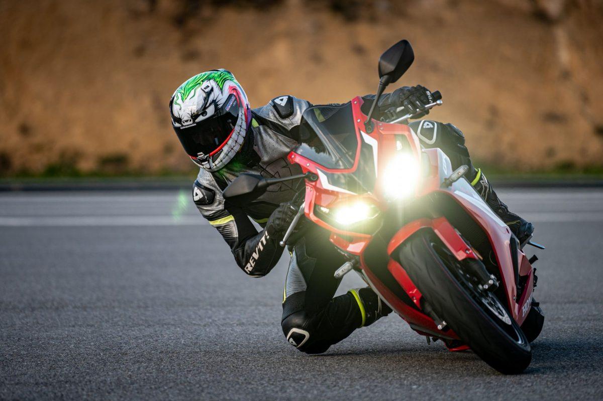 ROAD-motoskola-silnicni-202175