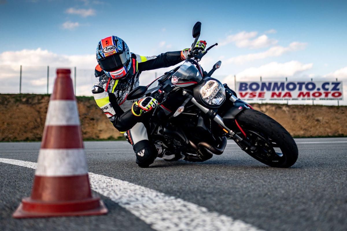 ROAD-motoskola-silnicni-202177